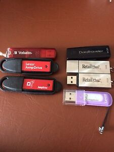 Lot de clé usb (7)