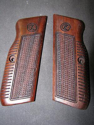 Browning FN Model 1910 Fine Checkered English Walnut Pistol Grips w//Logo SWEET!