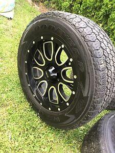 265/60/R18 on Helo wheels