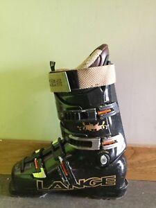 Bottes de ski  lange à vendre.