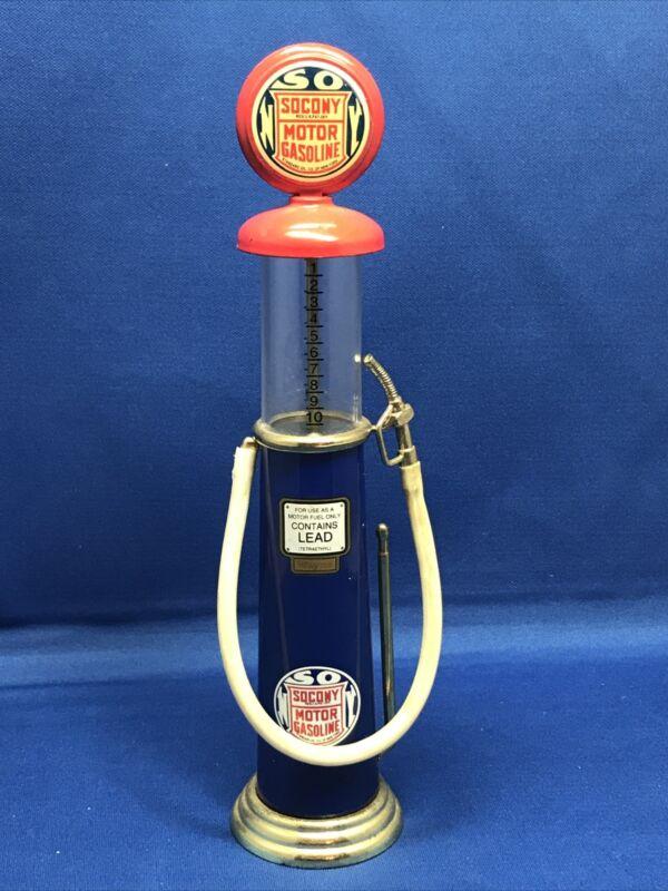 RARE SOCONY Motor Gasoline Miniature Gas Pumps Gearbox Cedar Rapids Iowa Mini