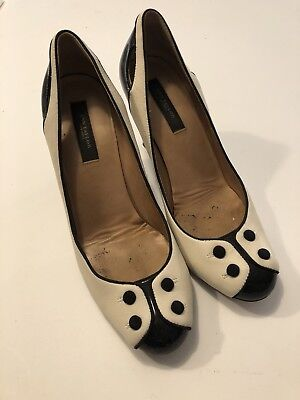 Ann Taylor Heels Cream Ivory Black High Heels 6.5 Closed Toe Button Career