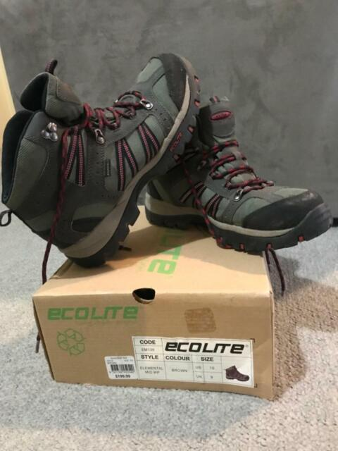 d796b7ace42 Ecolite Aquashield US 10 hiking boots good as new | Camping ...
