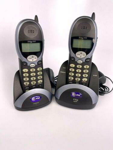 AT&T 2.4 GHZ DSS Cordless Answering System - Model 2322