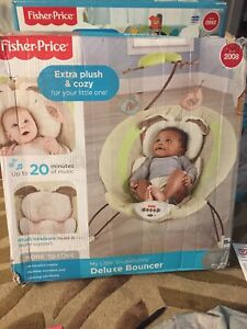 Fisher price little snugabunny deluxe bouncer brand new