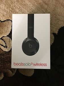 Beats solo 3 for sale