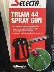 410-11 Spraygun  SILVAN Taree South Greater Taree Area Preview