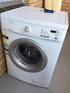 Electrolux 7kg Front Loading Eco Wash System (White) - (EWF1074) Narrabeen Manly Area Preview