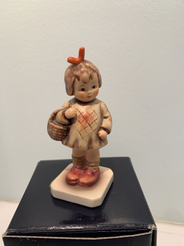 MI Hummel Figurine I Brought You A Gift- Excellent Condition with Box- HUM 479