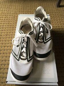 Nike women's golf shoes! BEST OFFER!!