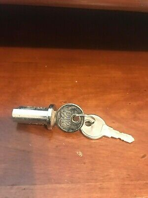 new Lock and Key vintage gumball machine candy machine NW Acorn Oak Eagle
