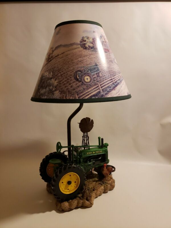 John Deere Licensed Tractor Lamp on Resin Form Chicken Farm 1999 with Lamp Shade