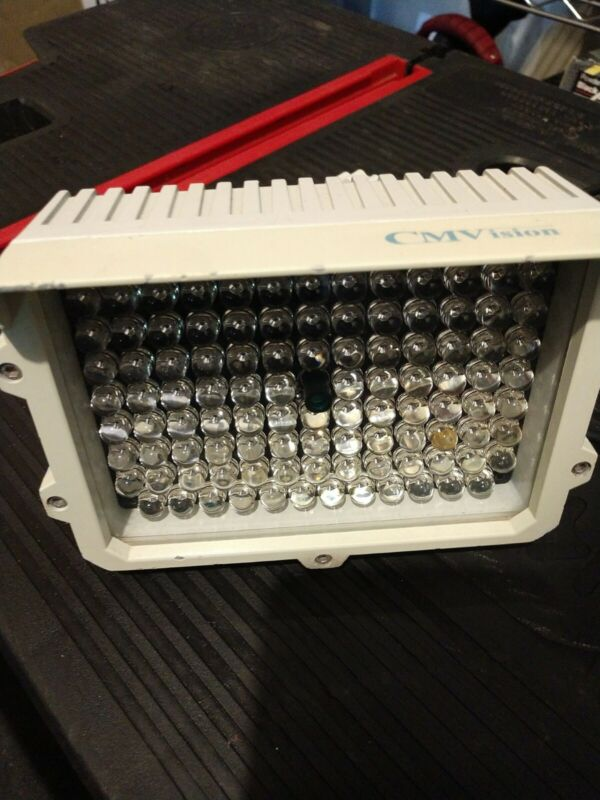 For Camera IR ILLUMINATOR CM-IR110 114 LEDS 200-300FT LONG RANGE IR ILLUMINATOR