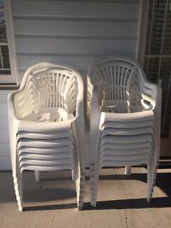 15 White Plastic Outdoor Chairs