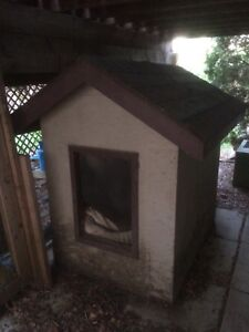 Dog house: large, well built