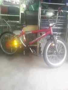 Bmx bike good condition Wyoming Gosford Area Preview