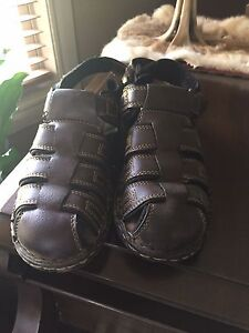 Sandals New. Size 6.5