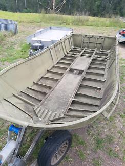 'Bailey Bridge' half pontoon aluminium boat