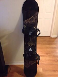 Mens Firefly Snowboard 2017 model AWESOME DEAL.