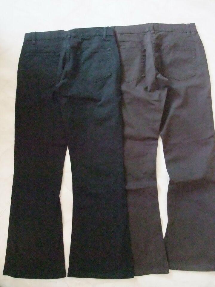 Jeans braun und schwarz ungetragen in Merchweiler
