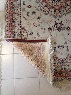 Persian Carpet ( machine woven) Marrickville Marrickville Area Preview