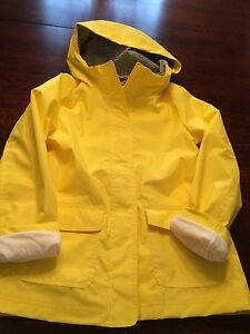 Girl's lined Gap Raincoat: XL(10-12)