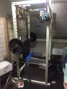 Power cage / bench/cable weights bar Dapto Wollongong Area Preview