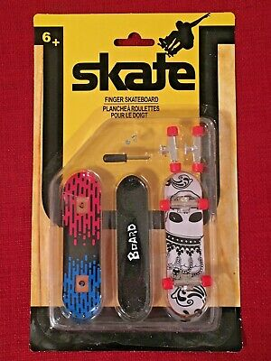 Skate Finger Skateboard Set of 2 Boards With Tools & Extra Truck Tech Deck New