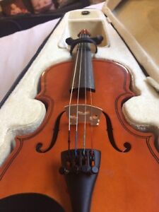 Violin fiddle 1/8
