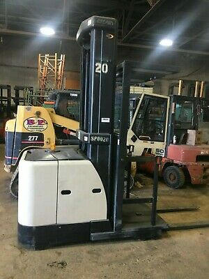 2005 Crown Forklift Order Picker 3000lb Cap. 240lift 42 Forks Wbatterychgr