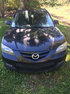 2007 Mazda 3 parts rig selling as whole not parting out