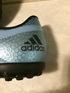 Adidas Turf soccer shoes Brand NEW in box.  Size 5 Youth Oakville / Halton Region Toronto (GTA) image 2