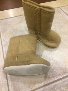 12-18 months boots brand new