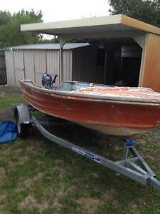 Tinny quintrex 4 metre boat with yamaha 15 hp motor Kingscliff Tweed Heads Area Preview
