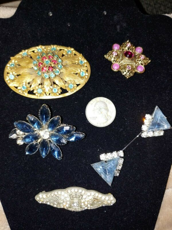 Vintage brooches-lot of 5