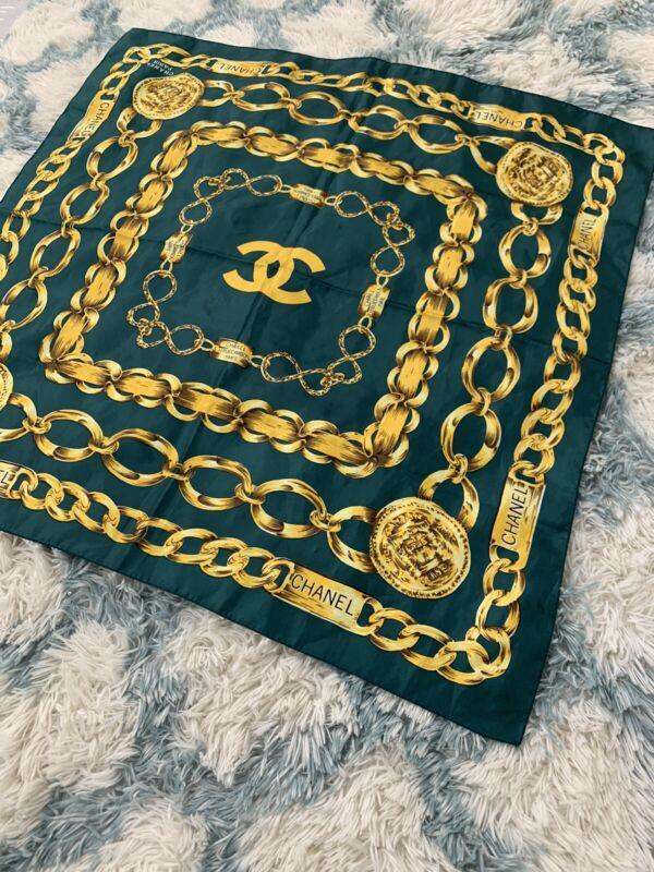 Vintage Chanel Paris Scarf Chains Green Gold 34x34