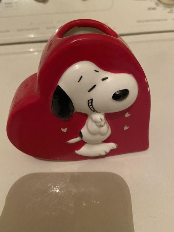 Vintage Peanuts Snoopy Heart Vase Nice Condition Rare