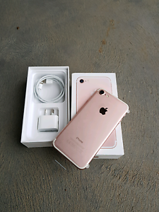 Apple iPhone 7 ROSE GOLD 32gb brand new Brooklyn Park West Torrens Area Preview