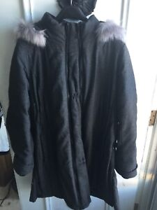 Thyme Winter Parka Maternity Brand New condition!