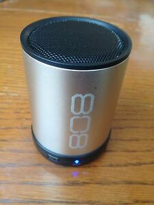 Bluetooth speaker Stratford Kitchener Area image 1