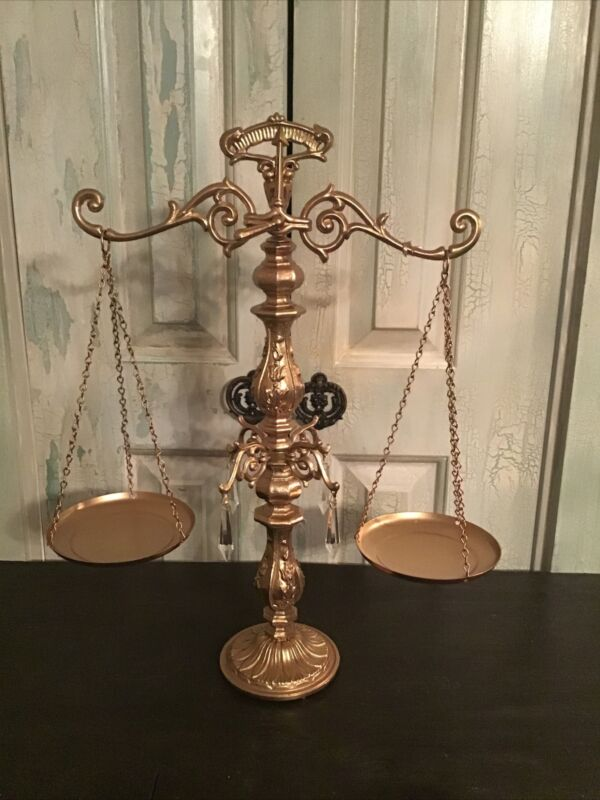 """Beautiful Decorative Vintage Style Ornate Balance Scales W/ Prisms. 19.5"""" Tall."""