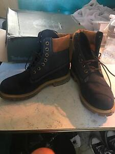 Men's timberlands Elermore Vale Newcastle Area Preview