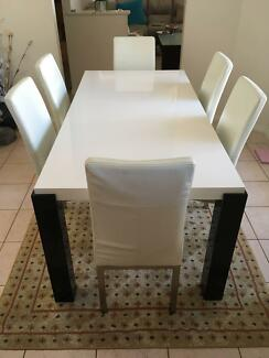 White Dining Table 6 Chairs 35000 Negotiable Osborne Park