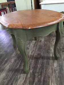 Detailed End Table