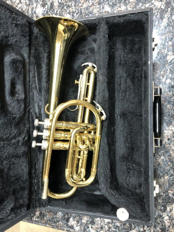 King Coronet 602 with Case