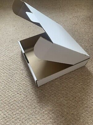 """WHITE POSTAL GIFT BOXES - 12"""" x 12"""" x 3"""" - PACK OF 10"""