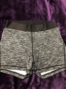 Victoria's Secret shorts (M) *BRAND NEW*