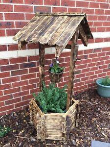 New Wooden Wishing Well Planter Box