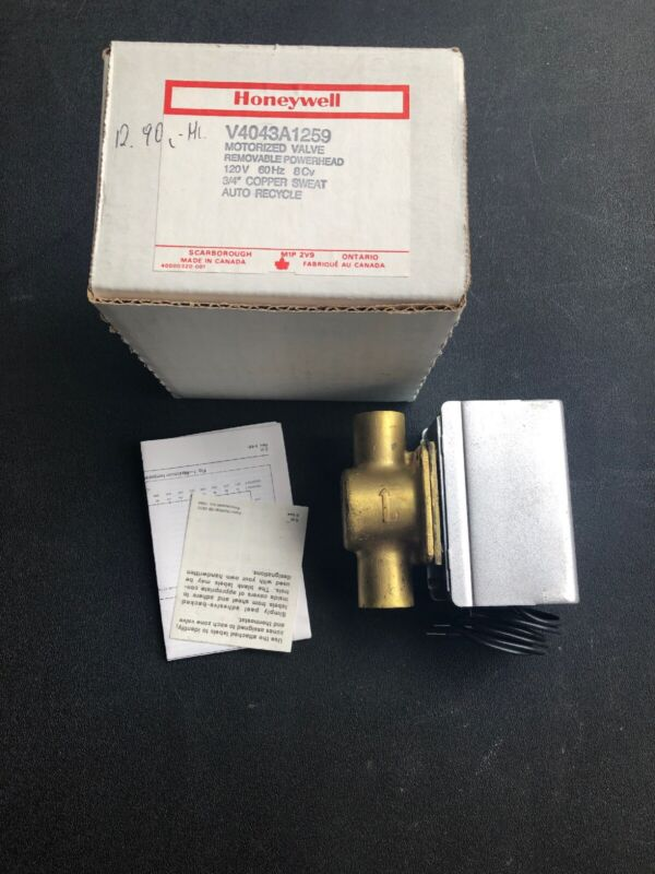 "Honeywell Electric Voltage Zone Valve, Sweat Connection, 3/4"" Pipe"
