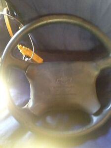 96-98 chev steering wheel with airbag